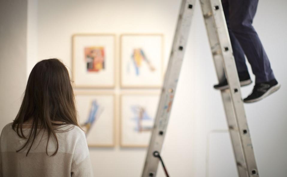 """Montaje de la exposición colectiva """"Amics de paraula"""" de Pizà, Puche y Pujades. Inauguración sábado 25 de Marzo, 11:30h. Art Palma Brunch2017."""